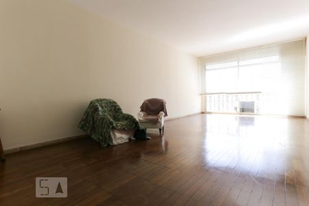 32decebe145eb Apartamentos com armários na cozinha para alugar em Rua Peixoto ...