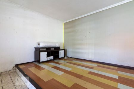 Sala de Casa com 1 quarto, 60m² Vila Re